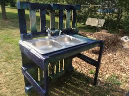 How To Make Patio Furniture Out Of Pallets by Pallet Garden Washing Station Pallets Garden Pallets And Sinks