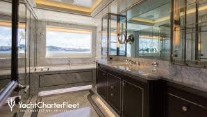 aquila yacht charter price ex cakewalk derecktor shipyards