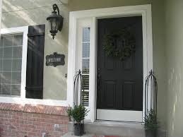painting exterior door