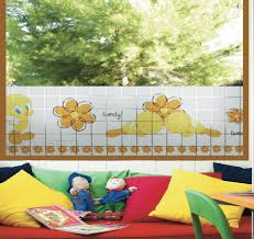 fensterfolie kinderzimmer linea fix dekorfolie fensterfolie tweety kinderzimmer 22x150