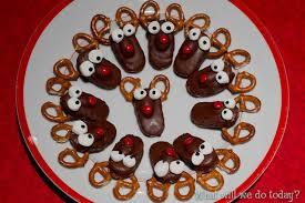 pretzel reindeer a simple recipe for christmas