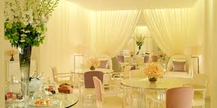 The Dining Room At The Berkeley Hotel Luxury Afternoon Tea London The Dorchester