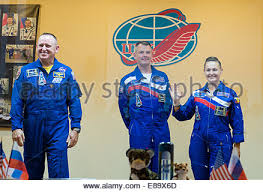 expedition 41 flight engineer barry wilmore gets his hair cut at