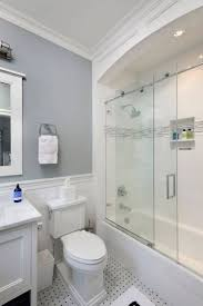 bathroom makeover ideas 25 best tiny bathroom makeovers ideas on small