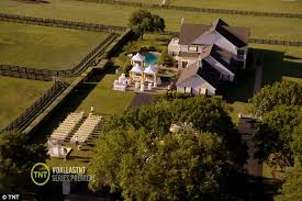 southfork ranch dallas dallas review cattle class acting and iffy plot lines but back