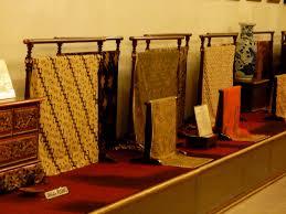 Toko Batik Danar Hadi danar hadi batik museum tantular