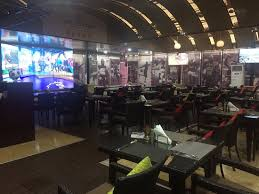 epl broadcast this is the sports bar great food and they broadcast epl matches