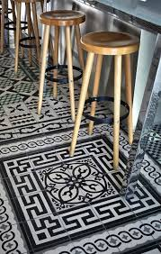 quel sol pour une cuisine vous cherchez des idées pour un carrelage noir et blanc