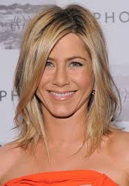 medium length hairstyles oval face medium length haircuts for oval faces hairs picture gallery