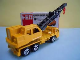 tomica mitsubishi tomica 66 mitsubishi fuso truck crane dextersdc