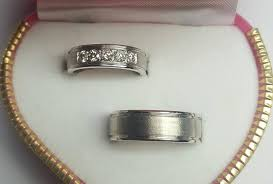 wedding rings in box jewelry box wedding rings wedding ring jewelry in cebu city