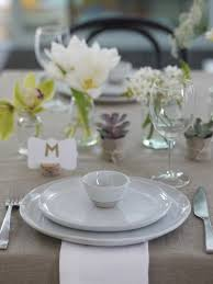 Beautiful Table Settings A Beautiful Relaxed Table Setting Using A White And Green Floral