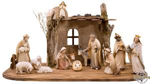 8 in nativity set with free stable expanded set