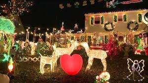 richmond tacky light tour how a local home earns tacky lights tour status wtvr com