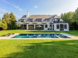 Luxury Spanish Style Homes by Five Stunning Spanish Style Homes U0026 Haciendas Sotheby U0027s Art Of