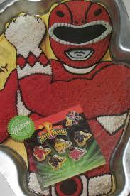 wilton halloween cake pans the 25 best wilton cake pans ideas on pinterest wilton cakes