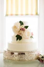 12 pretty wedding cakes with peony u0026 floral decorations
