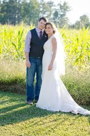 Outdoor Wedding Dresses Sweet And Simple Outdoor Wedding