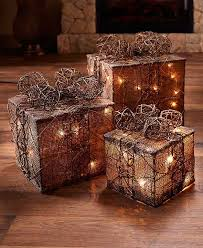3 gift lighted yard set boxes decor green