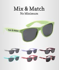 personalized sunglasses wedding favors customized sunglasses wedding favors free groom pairs