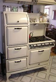 antique kitchens ideas best 25 vintage kitchen appliances ideas on diy