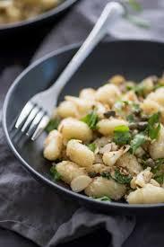comment cuisiner les gnocchi awesome comment cuisiner des gnocchi suggestion iqdiplom com