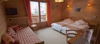 chambre familiale chambre d hôtel familiale aux contamines montjoie le christiania