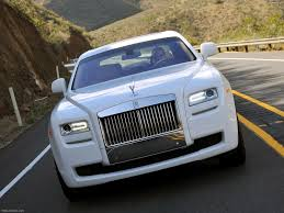roll royce carro rolls royce ghost 2010 pictures information u0026 specs