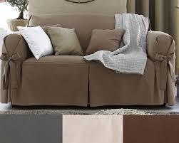 teindre housse canapé housses à nouettes pour fauteuil ou canapé becquet
