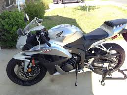 2008 cbr 600 pakistan 2008 honda cbr 600rr only 9500 miles on it