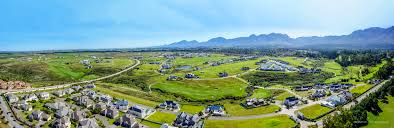 Mountain Backdrop File Outeniqua Mountains Backdrop To The Kingswood Golf Estate In