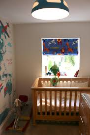 decorating a travel themed child u0027s bedroom