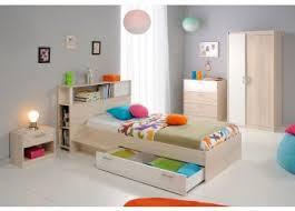 exemple de chambre lit pont enfant combiné bébé exemple deco chambre meuble buffet
