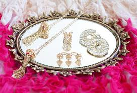 wedding gift jewelry isharya jewelry debuts wedding gift program at vogue india wedding
