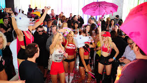 when do pool parties close in las vegas vegas club tickets