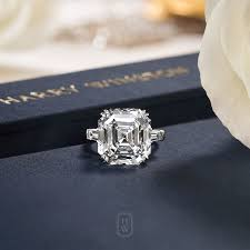 timeless wedding rings best 25 timeless engagement ring ideas on 2 carat