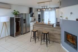 coffrage cuisine rénovation et décoration intérieure cuisine bar cheminée coffrage