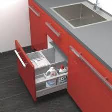 poubelle pour meuble de cuisine aménagement poubelle pour tiroir coulissant meuble sous évier