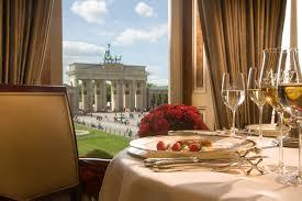 Lorenz Adlon Esszimmer Restaurant Berlin I 18 Migliori Ristoranti Di Berlino Del 2015 Berlino Magazine