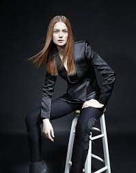 bonnie wright wallpapers 128 best bonnie wright images on pinterest bonnie wright model