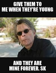 Stephen King Meme - 297 best stephen king images on pinterest stephen kings stephen