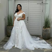 wedding dress for curvy curvy wedding dresses vosoi