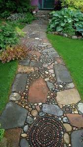 Natural Stone Patio Ideas The 25 Best Crazy Paving Ideas On Pinterest Patio Ideas Country