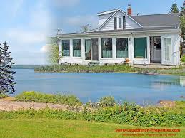 Haus D Restauriertes Farmhaus Mit 137 M Ufer Am Bras D Or Lake Bei St