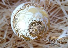 Decorating Easter Eggs With Tattoos by Gold Easter Eggs Metallic Tattoos Egg Decorating Ideas Jewel