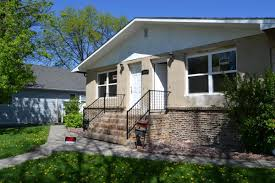 apartment unit fourplex at 1322 8th avenue n grand forks nd