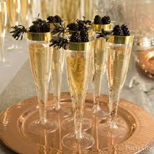 New Year S Eve Table Decor Ideas by Cheers To 2017 Table Decor Idea Party City