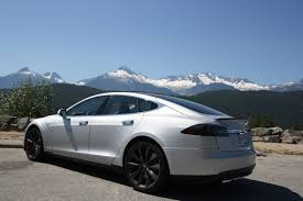 tesla model r car review 2014 tesla model s p85 driving