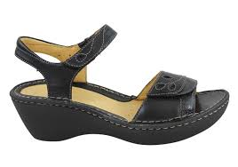 buy clarks shoes u0026 sandals online brand house direct