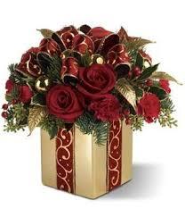 best 25 christmas flower arrangements ideas on pinterest